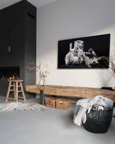 zo cool, dit tv-meubel met The Frame van samsung erboven - Wohnen - Cuidados com o Jardim Home Living Room, Living Room Designs, Living Room Decor, Living Spaces, Home Fireplace, Fireplace Design, Living Room Inspiration, Style Inspiration, Home Interior Design
