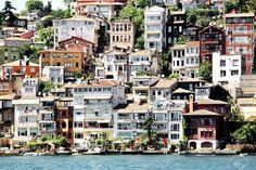 6471920-Buildings-along-Bosporus-Sariyer-Istanbul-Stock-Photo-istanbul.jpg (1300×868)