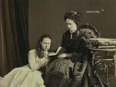 Mama Reginei Maria, Maria Alexandrovna, cu mama ei, tot Maria Alexandrovna (Maria de Hesse).