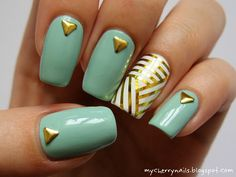 Mint & gold nail art by Pauline Cherry Nails, Mint Nails, Blue Nails, Gold Nails, Perfect Nails, Gorgeous Nails, Pretty Nails, Diy 3d Nails, Silver Nail Art