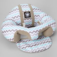me ~ Hugaboo Infant Sitting Chair - Yellow Chevron Baby Gadgets, Baby Arrival, Cool Baby Stuff, Babies Stuff, Baby Sewing, Baby Accessories, Baby Gear, Future Baby, Baby Love