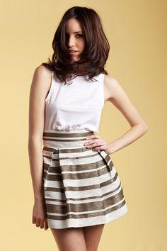 HOLY PREPPY. Falda cintura alta. Color Marino.