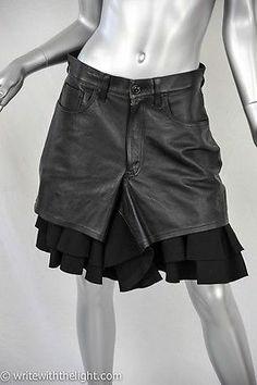 JUNYA WATANABE COMME DES GARCONS Womens Black Leather Wool Ruffle Shorts L