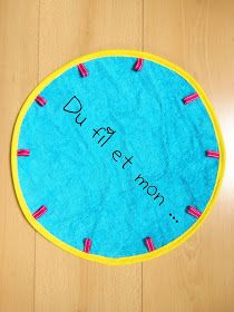 Du fil et mon...: Tuto : Sac Pieds Secs Sewing Projects, Projects To Try, To Go, Creation Couture, Homemade Gifts, Diy For Kids, Pixel Art, Kids Rugs, Diy Crafts