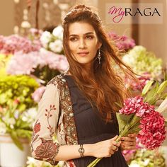 Kriti Sanon for My Raga Bollywood Heroine Photo, Beautiful Bollywood Actress, Beautiful Indian Actress, Beautiful Actresses, Bollywood Photos, Bollywood Girls, Bollywood Stars, Indian Celebrities, Bollywood Celebrities