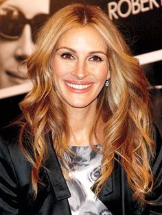 caramel honey blonde fall hair julia Roberts, I live for her hair colors
