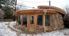 People Are So Fascinated with the Concept of This Eco Friendly Log House for Only $7,000
