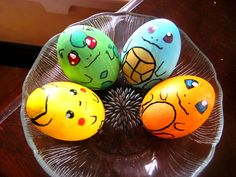 Pokemon - Pikachu, Bulbasaur, Squirtle, and Charmander Easter eggs! Cool Easter Eggs, Making Easter Eggs, Hoppy Easter, Video Game Easter Eggs, Easter Bunny, Pokemon Easter Eggs, Art D'oeuf, Funny Eggs, Easter Coloring Pages