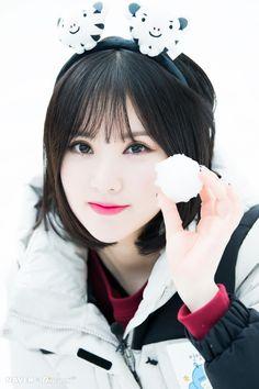 WonHappiness — 180210 [PHOTO][Dispatch] GFriend pre-filming of. Kpop Girl Groups, Korean Girl Groups, Kpop Girls, Korean Beauty, Asian Beauty, Korean Celebrities, Celebs, Asian Woman, Asian Girl