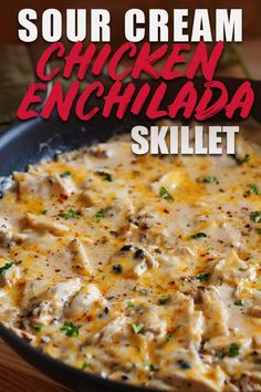 You have to try this sour cream chicken enchilada skillet! It's such an easy rec… You have to try this sour cream chicken enchilada skillet! It's such an easy recipe with corn tortillas, green chiles, and no soups! Plus, it's a ONE PAN MEAL! Corn Tortilla Recipes, Corn Recipes, Easy Chicken Recipes, Recipes With Corn Tortillas, Tortilla Soup, Taco Soup, Recipies, Meals With Chicken, Recipe Chicken