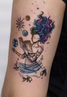 beautiful book tattoo ideas © tattoo artist Robson Carvalho 💜📖💜📖💜📖💜📖💜📖💜 New Tattoos, Family Tattoos, Girly Tattoos, Cool Tattoos, Mini Tattoos, Creative Tattoos, Dream Tattoos, Unique Tattoos, Pretty Tattoos