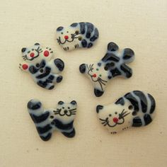 Playful Cats Ceramic Buttons - think I need some of these!