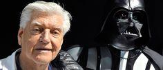 http://mundodecinema.com/david-prowse/ - O mundo conheceu um dos vilões mais icónicos do cinema em 1977. Por todo o mundo, chegava nesse ano às salas de cinema o filme Star Wars, uma longa-metragem de ficção científica que, sem se fazer anunciar, tornou-se num verdadeiro sucesso de bilheteiras, confirmando a produção de uma sequela.