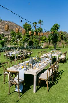 backyard wedding tablescape - photo by Ana and Jerome Photography http://ruffledblog.com/destination-wedding-in-cabo-with-citrus