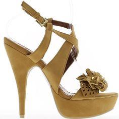 Kamel 14,5 cm high Heels Sandaletten. Offset-Effekt eine 4cm-Plattform: 10,5 cm Ferse fühlte. Leder-Optik. Fein einstellbare Gurt Schnalle am Knöchel und zwei Flanschen durchzogen auf der Chevile. Ein breiter Flansch dekoriert mit einer Blume auf dem Fuß. Feine Perle. Ein schöner Knoten schmückt die Spitze des Fußes. Synthetische Materialien. Boardgröße: nehmen Sie Ihre übliche Größe Sandalen mit hohen Absätzen.