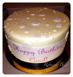 Vanilla sponge cake, salted caramel, passion fruit curd, rolled fondant @ Public House, Venetian, Las Vegas