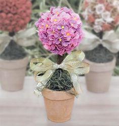 Flores em biscuit para fazer uma topiaria
