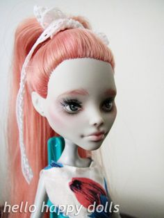 Monster high ghoulia repaint 1 by hellohappycrafts on DeviantArt