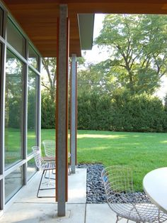 Mid Century Modern Landscaping Design, Pictures, Remodel, Decor and Ideas - page 12