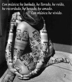 Musica....♪♫♥.....La música es el corazón de la vida. Por ella habla el amor; sin ella no hay bien posible y con ella todo es hermoso. Franz Liszt