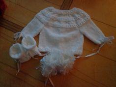brassière tricotée  et ses chaussons