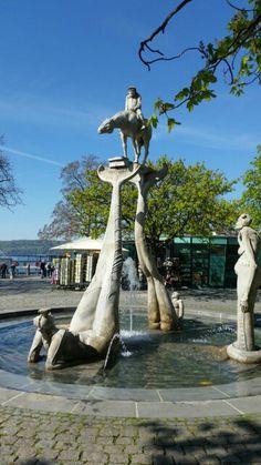 Brunnen Überlingen All Over The World, Statue Of Liberty, Sculpture, Travel, Beautiful, Fountain, Liberty Statue, Voyage, Sculpting
