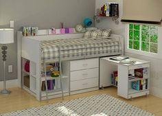 lit mezzanine avec bureau, lampe posée au sol, design blanc