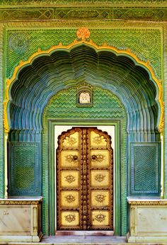 #Doors Love the colors in this peaceul entrance...