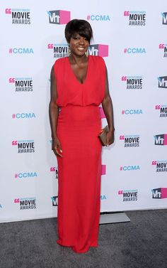 Viola Davis Evening Dress - Viola Davis showed off her new 'do in this hot magenta dress at the Critics' Choice Awards. Critic Choice Awards, Critics Choice, Celebrity Dresses, Celebrity Style, Best Dressed Award, Viola Davis, Dress Picture, Red Carpet Dresses, Dress Brands