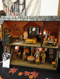orange halloween table lovely little dollhouse miniatures pinterest miniatures doll houses and dollhouses