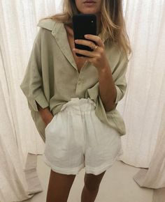 The Lula Shirt + Ducky Short 🌾 Mode Outfits, Fashion Outfits, Womens Fashion, Spring Summer Fashion, Autumn Fashion, Summer Minimalist, Looks Street Style, Blouse Styles, Minimal Fashion