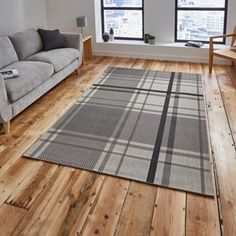 Breeze Rugs 6639 In Black Grey Free Uk Delivery The Rug Er Lodge Look