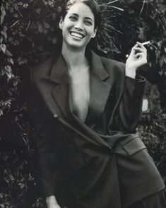 "dariabessonova: "" Vogue Italia November 1990 ""Italian Fashion Triumphs in Japan, Country between Past and Future"" Model: Christy Turlington Photographer: Patrick Demarchelier Stylists: Anna Dello Russo & Alice Gentilucci Hair: Didier Malige Makeup:. Patrick Demarchelier, Le Smoking, Smoking Ladies, Girl Smoking, Christy Turlington, Photography Women, Fashion Photography, Aurelie Bidermann, Outfits Casual"
