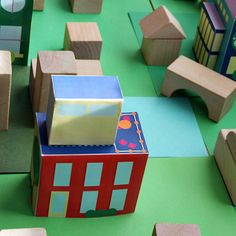 Free printable houses and town for our neighborhood unit.