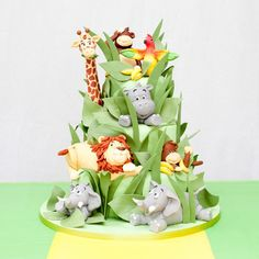 Go wild with our jungle dessert table! This tasty range of jungle themed custom dessert table treats is perfect for birthdays, christenings or themed party.