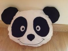 The Panda Pillow - a great gift for kids - with pattern!