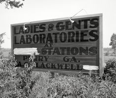 Shorpy Historical Photo Archive :: Experimental Exit: 1936 Perry, GA