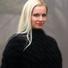 100% Handmade cable knit mohair sweater, size S, M, L, XL