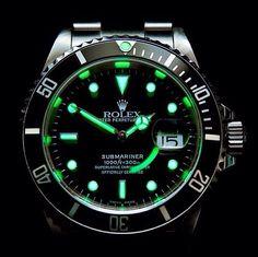 Rolex lume shot