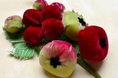 1920s Vintage PUFFY VELVET APPLE Fruit Stem Trim_Flower_Millinery Trim_Hat_Dress