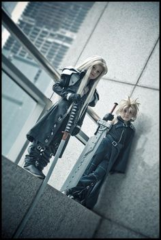 Cloud and Sephiroth from FFVII. So funny to see tiny versions of a game I loved playing when I was younger.