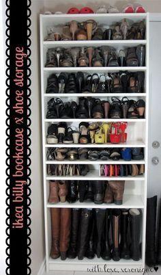 Almacenamiento zapato inteligente con IKEA BILLY Estantería.  Obtener un zapato de almacenamiento más mediante la adición de algunos estantes adicionales a Billy a la sencilla estantería.  Compruebe hacia fuera más instrucciones