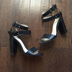 Forever 21 heels Two straps around the ankle black heels! Hardly worn maybe twice or three times still in really good condition. Forever 21 Shoes Heels