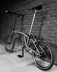 Mtb, Velo Vintage, Urban Cycling, Folding Bicycle, Mode Of Transport, Brompton, Bike Parts, Bike Accessories, Instagram Posts