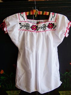 Mexican Blouse Embroidered Mexican Blouse by GreenMarketVintage