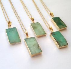 beautiful green pendant necklaces
