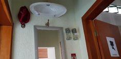 Idealizador de uma casa invertida em Minas Gerais, Eduardo José Lima, 73, conta não entender o impacto que a edificação, erguida em um terreno de 10 mil m²...