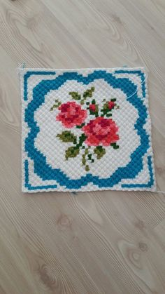 This Pin was discovered by sel Pixel Crochet, C2c Crochet, Crochet Cross, Crochet Chart, Crochet Home, Baby Blanket Crochet, Crochet Baby, Crochet Potholders, Crochet Blocks
