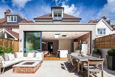Balcones y terrazas de estilo moderno de Concept Eight Architects