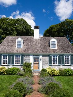 cape cod shingles images | ... colonial cape cod styles showcasing the traditional central chimney